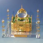 Taj Mahal Tour– enjoy life in this summer